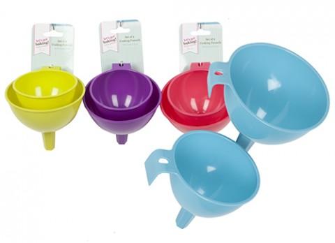 Set of 2 funnels